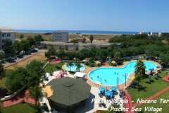20170715_122350_Piscina_Sea_Village_con_scritta