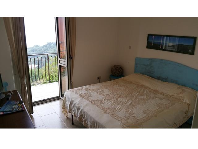 Stanza da letto con vista verso il Golfo di Lamezia Terme